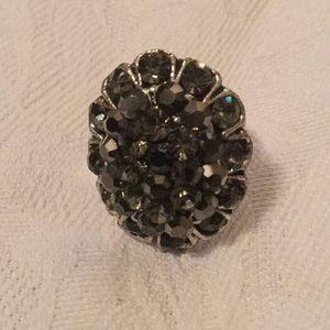 💃NWOT Gorgeous Costume Rhinestone Adjustable Ring
